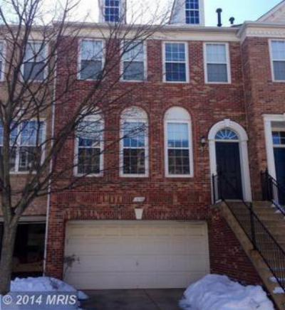Fairfax VA Condo/Townhouse For Sale: $510,000