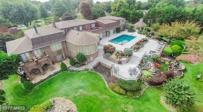 Oakton VA Single Family Home For Sale: $2,490,000