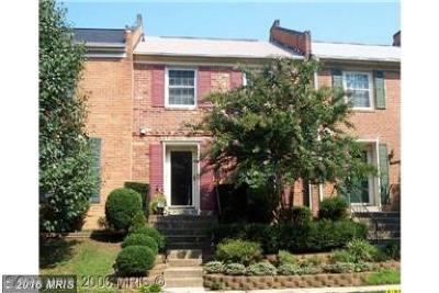 Fairfax Townhouse For Sale: 9956 Wood Wren Court