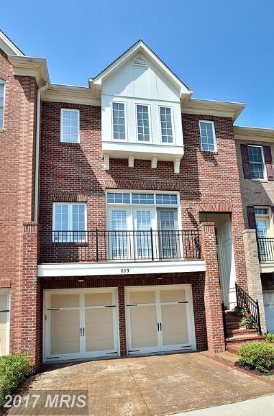 Townhouse For Sale: 659 Nathaniel Chase Lane