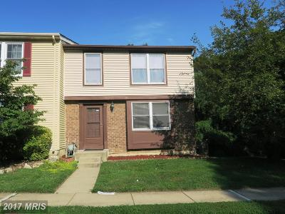 Springfield Townhouse For Sale: 7409 Golden Horseshoe Court