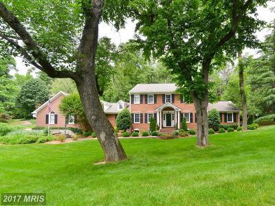 Alexandria Single Family Home For Sale: 2100 Whiteoaks Drive