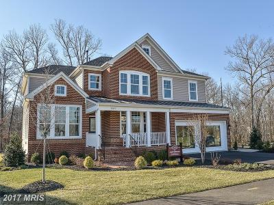 Springfield Single Family Home For Sale: 5027 Swope Court