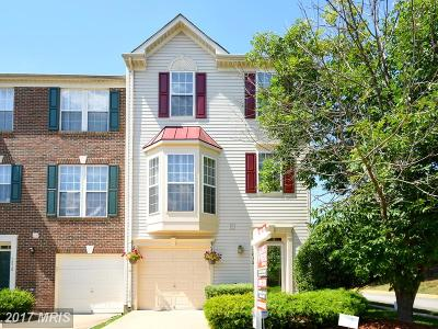 Lorton Townhouse For Sale: 7812 Dogue Indian Circle