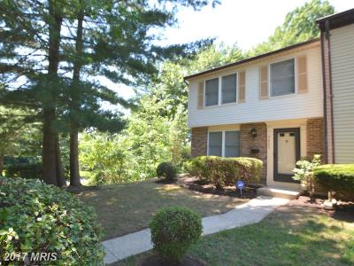Lorton Townhouse For Sale: 8806 Newington Commons Road