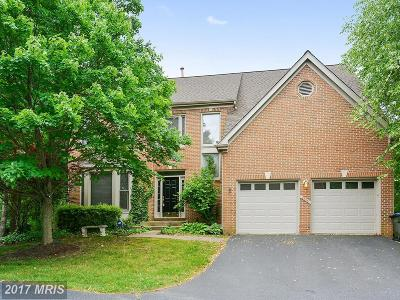 Herndon Single Family Home For Sale: 2525 Glenlawn Place