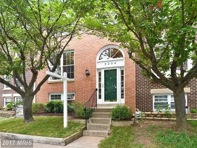 Alexandria VA Townhouse Just Sold!: $455,000