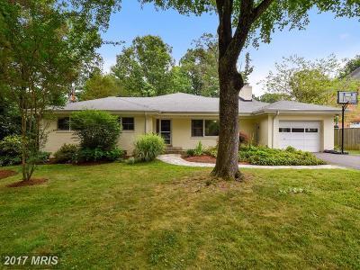 Falls Church Single Family Home For Sale: 3023 Cedarwood Lane