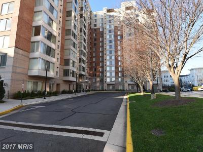 Vienna Condo For Sale: 2726 Gallows Road #1310
