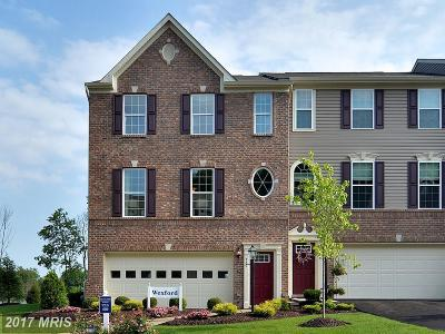 Harford Townhouse For Sale: 186 Mohegan Drive