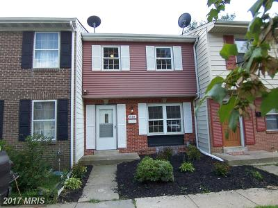 Edgewood Townhouse For Sale: 618 Yorkshire Drive