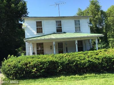 Mount Airy Single Family Home For Sale: 16823 Frederick Road