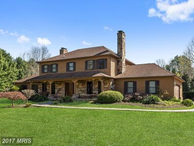 Dayton Single Family Home For Sale: 5233 Kalmia Drive