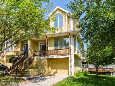 Columbia Townhouse For Sale: 5261 Columbia Road #93