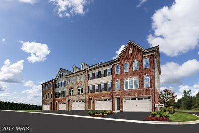 Ellicott City Townhouse For Sale: 6026 Charles Crossing