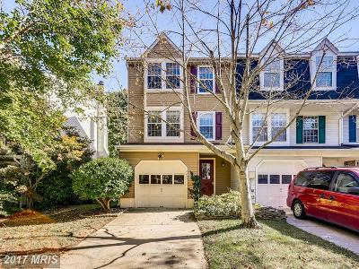 Columbia Townhouse For Sale: 10823 Olde Woods Way