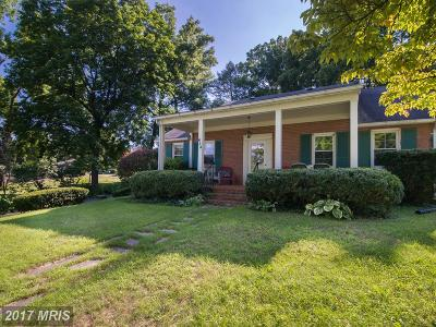 Charles Town Single Family Home For Sale: 624 South Mildred Street