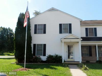 Charles Town Townhouse For Sale: 31 Mountaineer Court