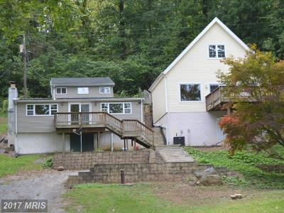 Shepherdstown Single Family Home For Sale: 1523 Knott Road