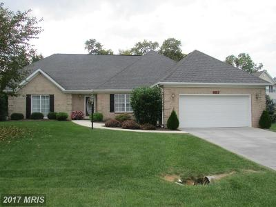 Charles Town Single Family Home For Sale: 379 Turnberry Drive