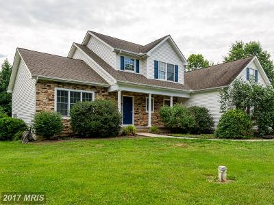 Kent Single Family Home For Sale: 804 Meadowview Drive S