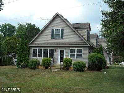 Kentmore Park Single Family Home For Sale: 28743 Anglewood Road