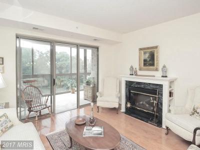 Leesburg Condo For Sale: 19355 Cypress Ridge Terrace #523