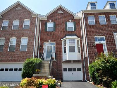 Leesburg Townhouse For Sale: 662 McLeary Square SE