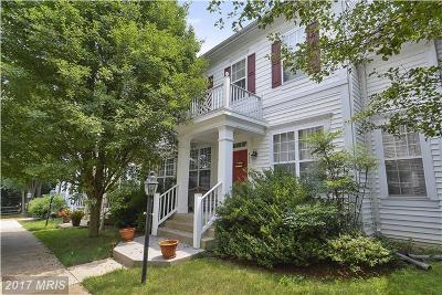 Purcellville Townhouse For Sale: 532 Gentlewood Square
