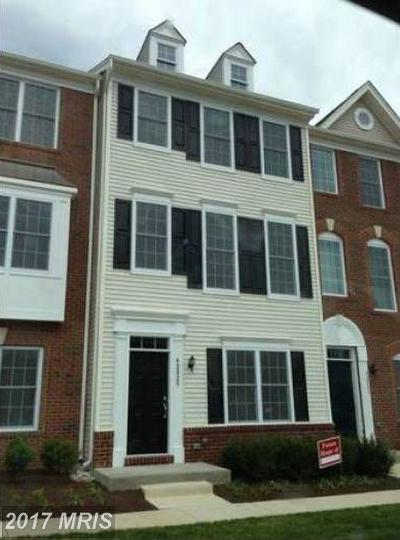Chantilly Townhouse For Sale: 42825 Eggleston Terrace