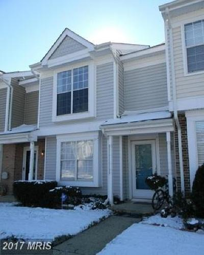 Sterling Townhouse For Sale: 301 Sedgemoor Square