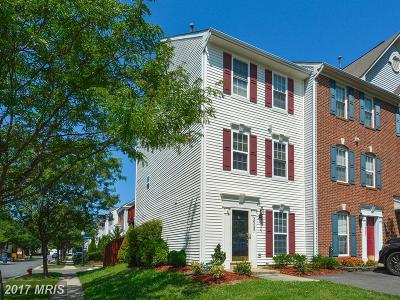 Chantilly Townhouse For Sale: 26097 Lands End Drive