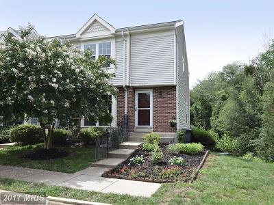 Sterling Townhouse For Sale: 21671 Hazelnut Square