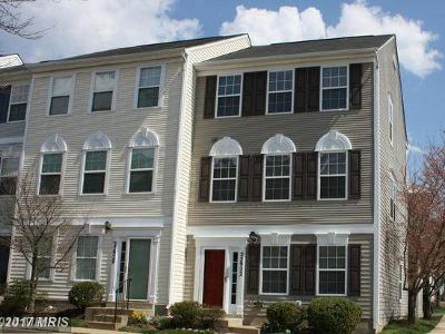 Sterling Townhouse For Sale: 22922 Regent Terrace
