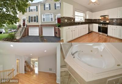 Chantilly Townhouse For Sale: 42906 Golf View Drive