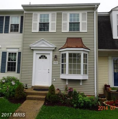 Loudoun Townhouse For Sale: 32 Dorrell Court