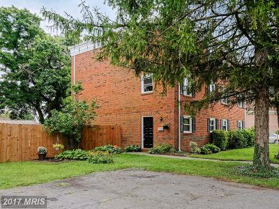 Leesburg Duplex For Sale: 106 Mayfair Drive NE