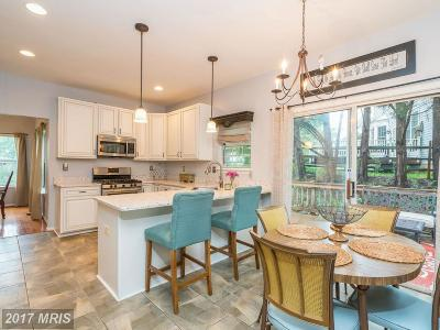 Sterling Single Family Home For Sale: 46395 Newfield Place