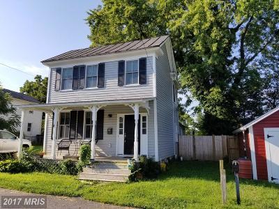 Loudoun Rental For Rent: 209 Royal Street SE