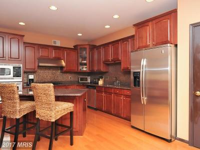 Ashburn Townhouse For Sale: 44260 Huron Terrace