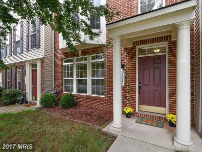 Ashburn Townhouse For Sale: 20275 Mohegan Drive