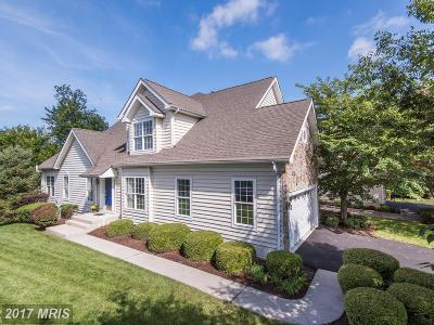 Ashburn Townhouse For Sale: 20072 Valhalla Square