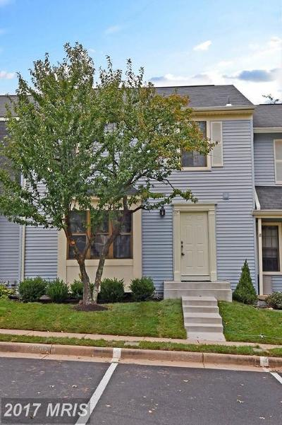 Sterling Townhouse For Sale: 17 Aldridge Court
