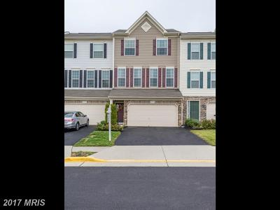 Ashburn Townhouse For Sale: 42425 Angela Faye Square