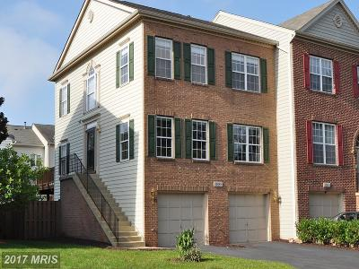 Sterling VA Townhouse For Sale: $450,000