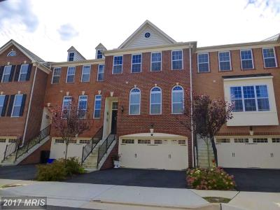 Purcellville Townhouse For Sale: 207 Croft Square