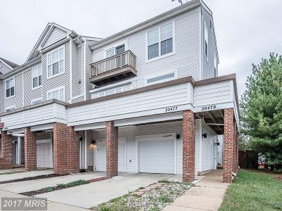 Ashburn Townhouse For Sale: 20477 Cool Fern Square