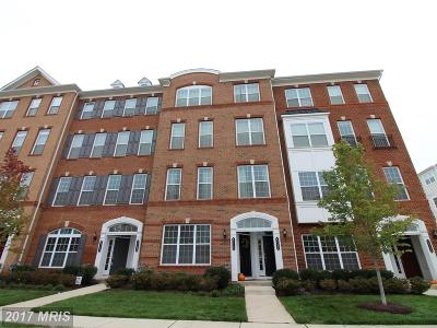 Townhouse For Sale: 43152 Thoroughfare Gap Terrace