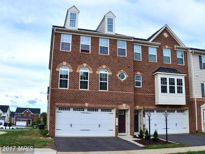 Aldie Townhouse For Sale: 25801 Double Bridle Terrace