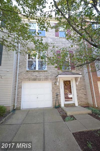 Sterling Townhouse For Sale: 45603 Grand Central Square